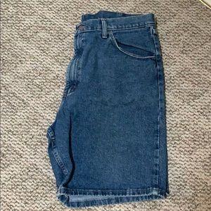 Men's Wrangler Jean Shorts size 38